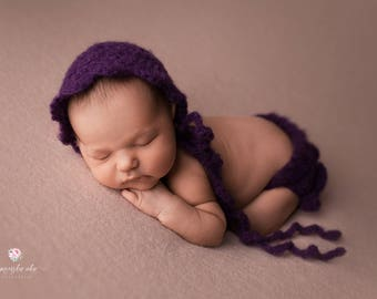 Infant girl photo outfit, Crochet hat and bloomer, Very soft newborn girl bloomer set, Multiple color options, Alpaka wool