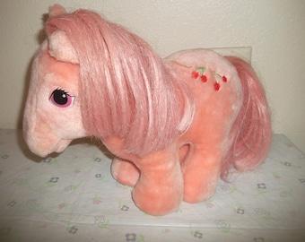 Vintage Hasbro My Little Pony Cherries Jubilee 1984 NICE!