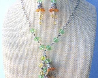 Lucite flower, Flower necklace, Jewellery set, Jewellery, Lucite jewellery, Earrings, Green, Orange, Hand Painted, Bohemian, Crystal, OOAK