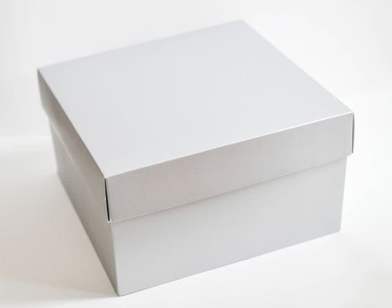 gift boxes with lids silver gift boxes wedding paper boxes large boxes bridesmaid boxes. Black Bedroom Furniture Sets. Home Design Ideas