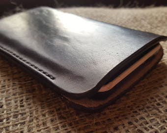 Protect your smartphone with a slip-in leather case