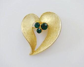 Vintage Gold Tone Heart Pin Brooch w/ Emerald Green Rhinestones
