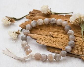 Natural moonstone bracelet Genuine moonstone jewelry Meditation bracelet Healing bracelet Gemstone beaded bracelet Wedding jewelry Bridal