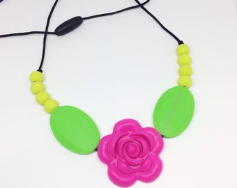 Rose Teething Necklace - Necklace for Mom - Flower - Silicone Teething Baby - Baby Chew Beads - BPA Free - Green Pink - Flower Power Teether