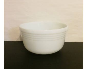 Vintage 1950's Milk Glass Pyrex Replacement Mixing Bowl For Hamilton Beach Electric Stand Mixer