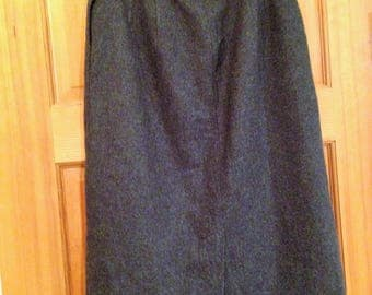 Vintage Pendleton Wool Pencil Skirt in Dark Grey Size 4  27 Inches Long   01774
