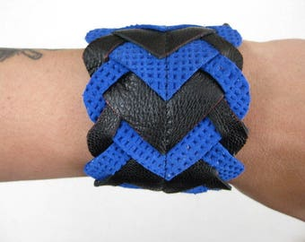 Two-tone black and electric blue leather bracelet