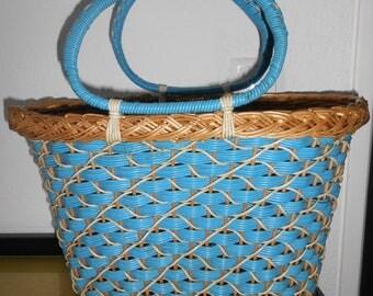 Basket bag turquoise / light blue 50's