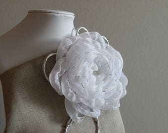 Flower Brooch , Fabric Flower Brooch , Wedding Accessories, Flower Girl Accessories , Handmade Flower Brooch , Fabric Flower