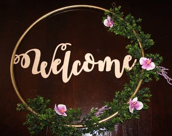Hula Hoop Wreath Sign