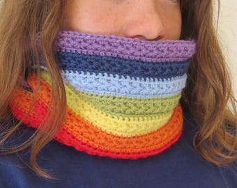 The Unicorn Snood: Rainbow star, crocheted hand, French, washable machine