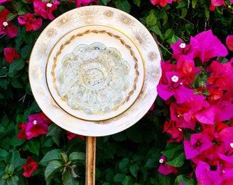 Gloria • Yard Art • Glass Garden Flower • Mid Century Modern • Gold Garden Decor • Sunburst • 1950s