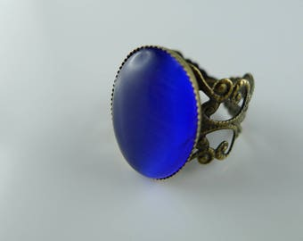 Ring lace Royal Blue Cat's eye cabochon glass and bronze