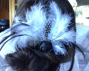 Black and White feather Fascinator, Wedding Feather Hair Comb, Bridal Hair Comb, Feather Hair Comb, Feather Fascinator