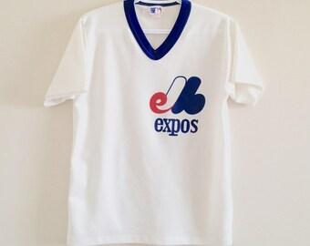 Montreal Expos Vintage V Neck Tshirt