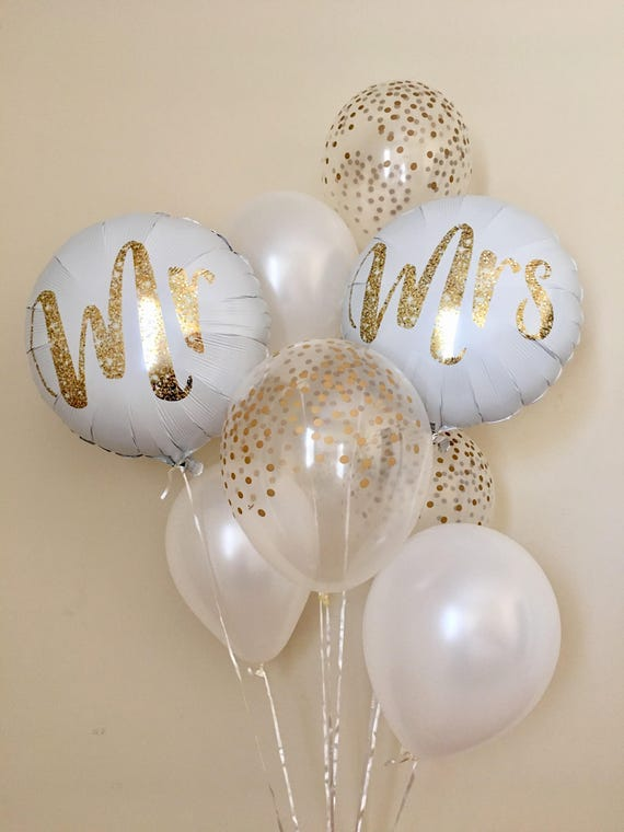 Mr and mrs balloonsgold confetti look balloonswedding balloons il570xn junglespirit Images