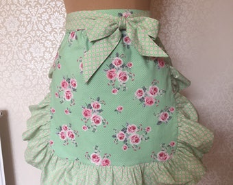 Vintage style Apron - Floral Apron - Green apron - Handmade Apron - Womens apron - 1950's Style apron - Ships Everywhere