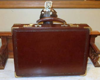 Spring Sale Alfred Dunhill Presidential Briefcase Polished Hand Tooled Leather- Very Good Condition, Very Vintage, and Very Rare