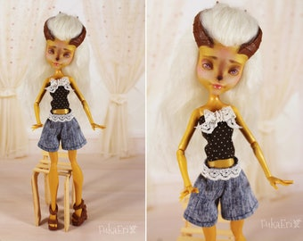 Clothes/Outfit/Top + Shorts for Monster High dolls