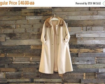 40% Off T*L*C* S-A-L-E Vintage Swing Coat Fur Collar Size 16 Free Us Standard Shipping