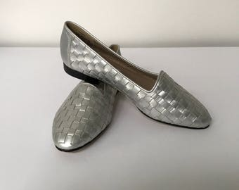Women's Size 7.5 Silver Woven Leather Ballet Flats, Metalluc Summer Shoes
