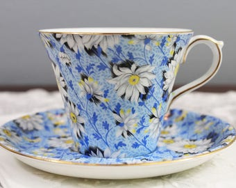 Vintage Shelley Blue Daisy Chintz Floral English Bone China Teacup and Saucer - Daisies - Perth Shape, Gifts for Her Tea Party