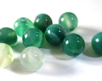 10 striped agate beads shades of green 6mm