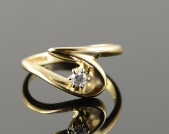 14k 0.07 CT Diamond Free Form Bypass Ring Gold