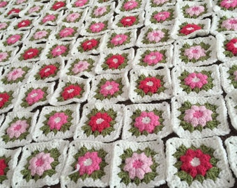 50 x Granny Squares flower Crochet, hand made, make your own cushion wool couch pillow vintage Gift medium
