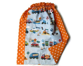 towel canteen elasticated child, vehicles, orange, blue, multicolored table