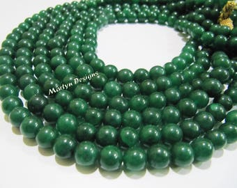 AAA Quality Dyed Emerald Round Plain Smooth Beads 9mm Stand 8 Inches Long Gemstone Beads. Ball shape Green beads