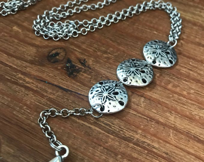 Coworker Gift ID Badge Lanyard Sea Shell Necklace Silver ID Key Chain Clip Travel Gift Cruise Sand Dollar Nurse Teacher Student Employee ID