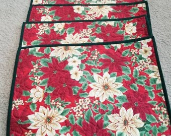 Set of 4 Christmas quilted placemats