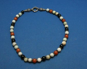 Vintage Carnelian Onyx Agate (?) Stone Bead Necklace With A 925 Sterling Silver And Marcasite Fabulous Two Piece Clasp