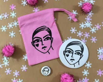 Pret A Party Bag I Mirror + Pin Goody Bag I party favor I Make-up pouch