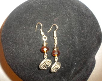 pierced earring made of colored glass Crystal beads