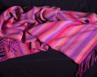 Plaid, wol. Handgeweven 180 x 110 cm