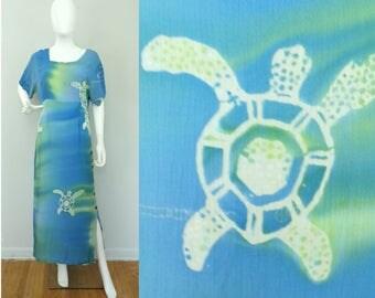 Vintage 1990s batik blue green sea turtle print short sleeve maxi dress medium, resort wear, vacation wear,beach dress, ocean print, turtles
