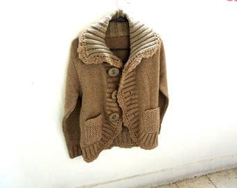 Vintage sweater, beige color front open sweater, buttoned sweater with pockets and collar, ugly cardigan
