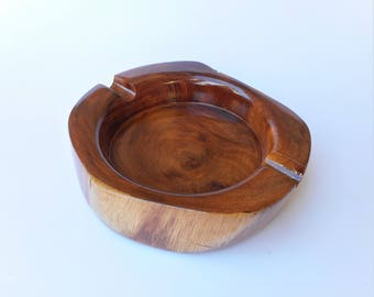 Cigar ashtray, wood log ashtray, Wood cigar ashtray, Wooden ashtray, Hand turned ashtray, Cigar ashtray, Big wood ashtray
