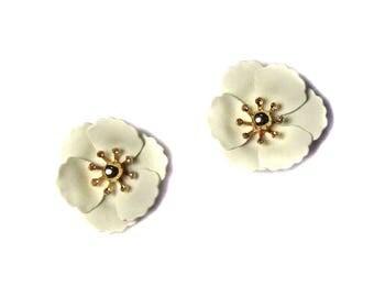 Brilliant Cream Flower Studs Statement Earrings