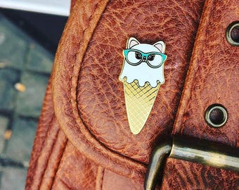 Cat ice cream lapel pin | cat lover enamel Kawaii pin badge | ice cream pin | Gift for crazy cat lady | cat with glasses | cat lover gift