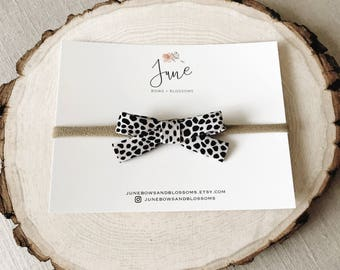 Animal print bow, leopard print bow, Spotted bow