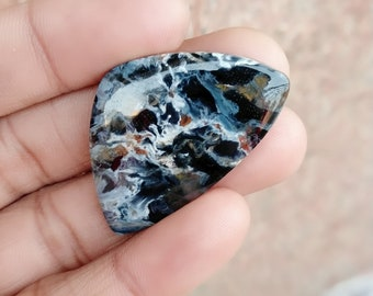 Warm sell 35.5ct Pietersite Natural Gemstone Super Quality AAA+++  Cabochon , Smooth, Triangle Shape, 37x25x5mm Size, AM281