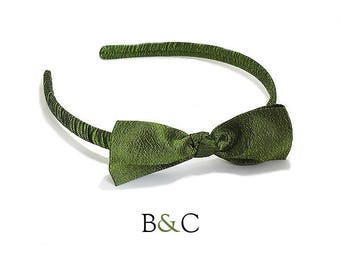 Silk fabric bowtie headband green Retro wedding.