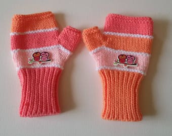 Children mittens with thumbs size 6/8 years knit hands reversed colors