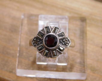 Sterling Silver Garnet Marcasite Ring Size 6