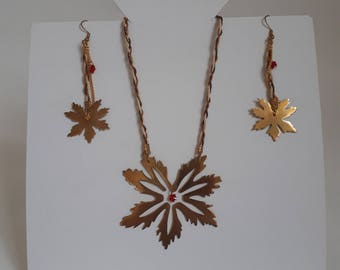 Leaf necklace and matching earrings