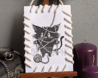 Card design / style cat tangled up with string effect 'bag' illustration, graphic manga / comic / kawai