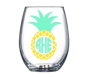 Coastal Monogram Wine Glass